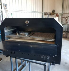 JAGRD Inside Cooking Chamber of Custom Black Beauty Stretched for 8 x 9.5inch Pizzas | JAGRD
